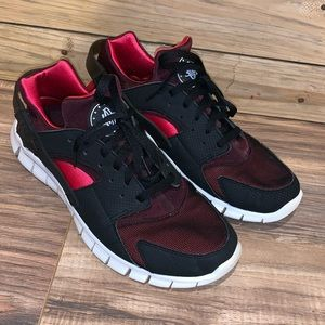 Hurache by Nike Athletic Shoes Size 11